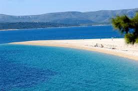 En av Kroatiens härliga sandstränder